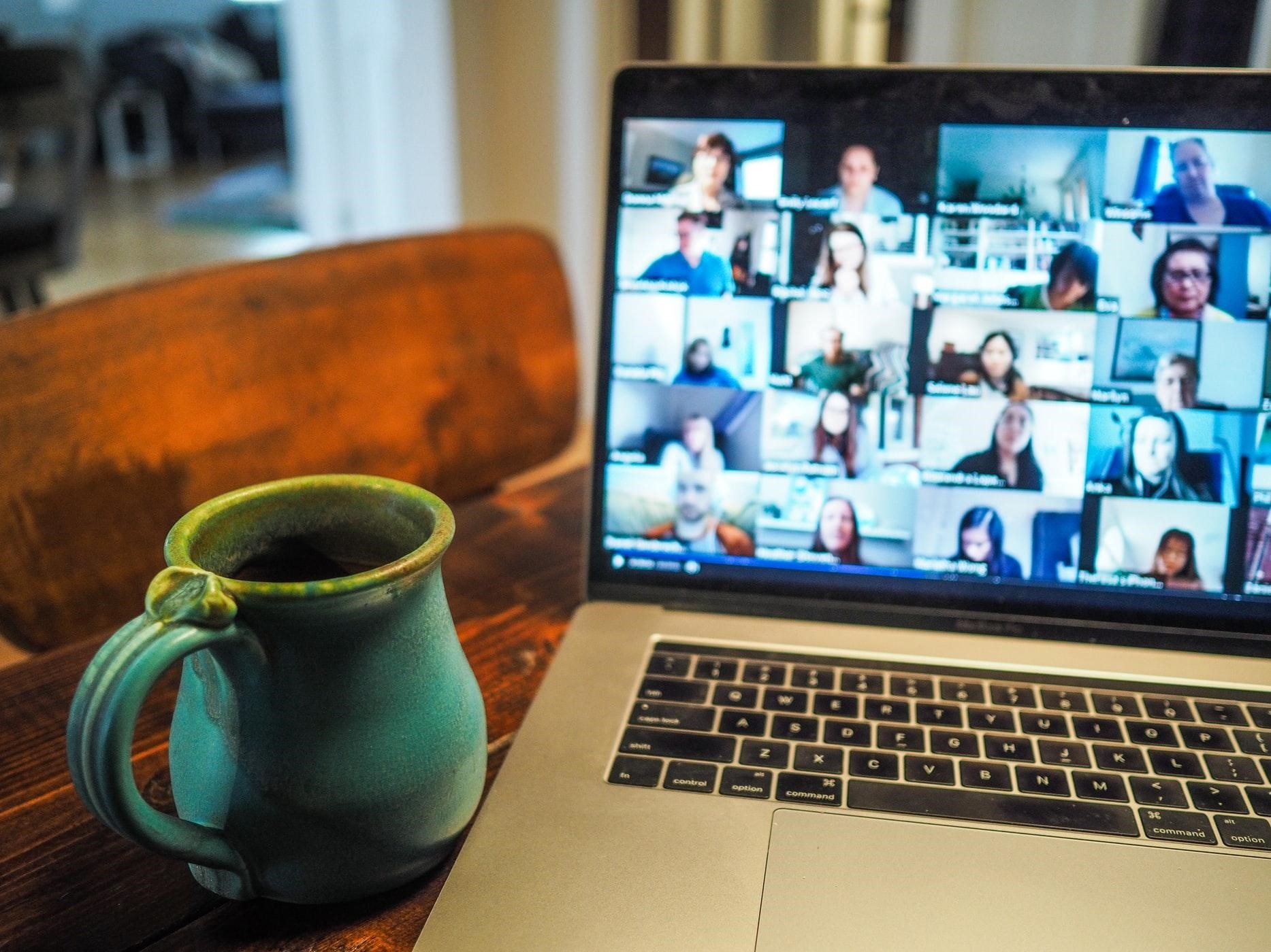 4 Fun Ways to Use Live Chat at Your Next Virtual Event